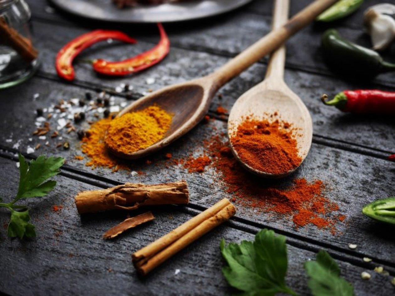 Sve nijanse ayurvedskih curry začina i zašto su zdravi